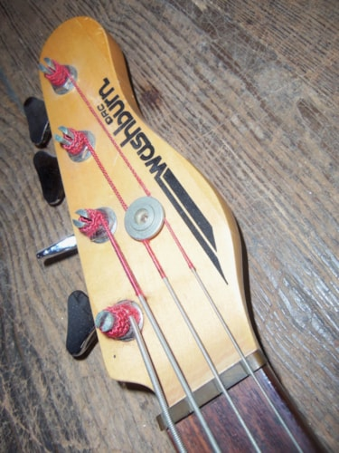1982 Washburn Force 4 Bass