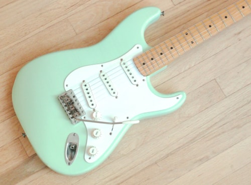 1959 Fender® Stratocaster® Vintage Electric Guitar Pre-CBS Maple Board