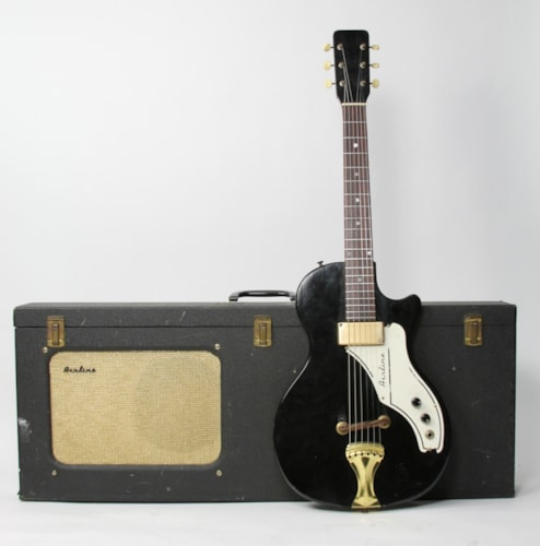 ~1960 Airline 7214 Amp in Case