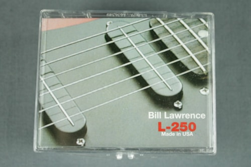 Bill Lawrence L250