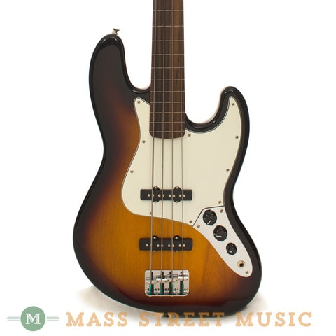 2015 Fender® Standard Jazz Bass® Fretless