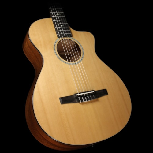 Taylor 512ce-N Nylon String Grand Concert Acoustic-Electric Guitar Natural