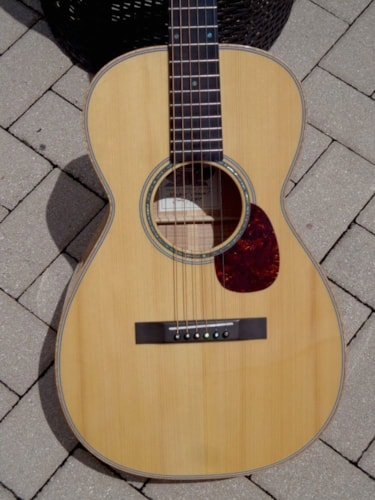 2004 Froggy Bottom P-12 Parlor Guitar