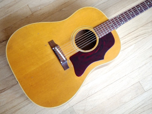1966 Gibson J-50ADJ Vintage Acoustic Guitar Soft Shoulder Dreadnought