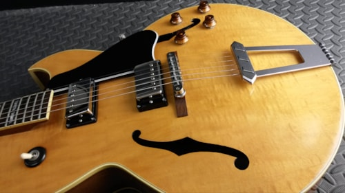 1985 Gibson SUPER SWEET VINTAGE 1985 GIBSON ES-175 D BLONDE FLAME NEAR M