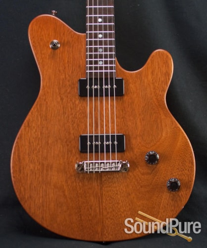 Michael Tuttle Guitars jr deluxe