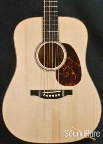 Bourgeois Guitars Country Boy Deluxe