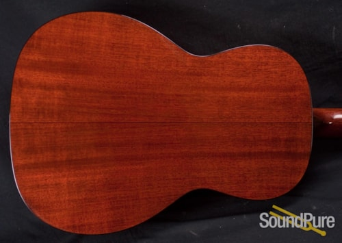 Collings Guitars 001