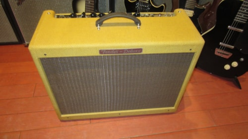 ~2006 Fender® Hot Rod Deluxe Limited Edition Tweed Amp