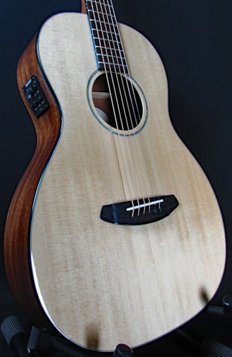 2016 Breedlove Pursuit Parlor