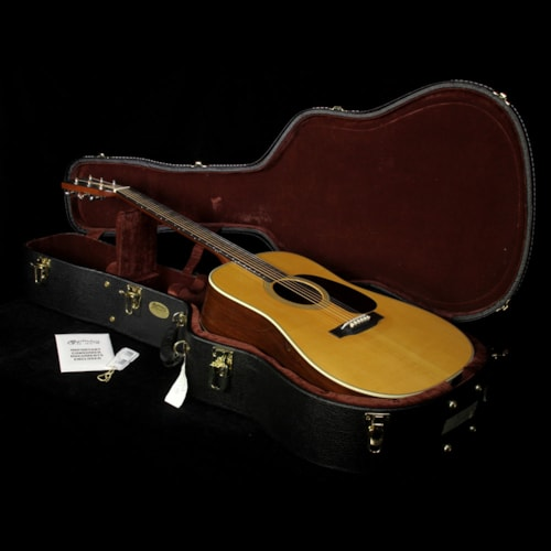 2007 Martin Used 2007 Martin Elvis D-28M Acoustic Guitar Natural