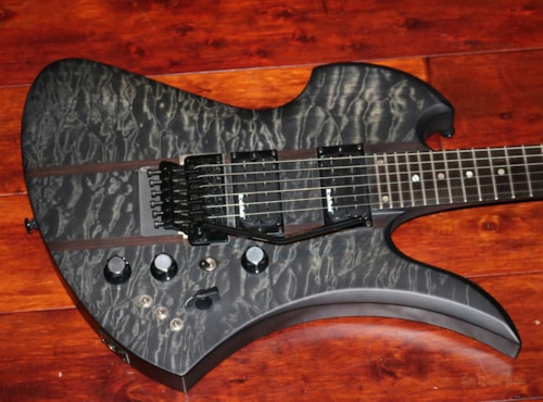 B.C. Rich Mockingbird