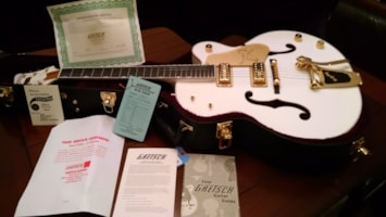 2015 Gretsch® 6136 T White Falcon