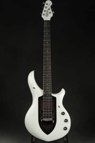 ERNIE BALL MUSIC MAN Majesty - Glacial Frost
