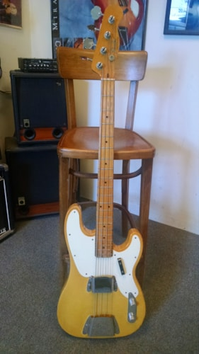 1968 Fender® Tele® Bass
