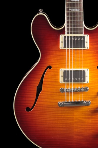 2014 Collings I-35 Deluxe Dark Cherry Sunburst (805) I-35 Deluxe