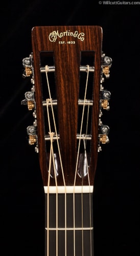 Martin Custom Shop 00 12-Fret Hide Glue Ambertone (597) Custom Shop 00 12 Fret