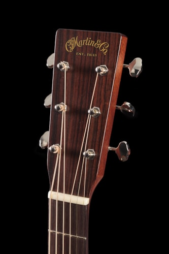 Martin Custom Shop 00 14-Fret Mahogany/Adirondack Top (162) Custom Shop 00 14 Fret