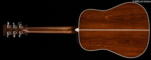 Martin Custom Shop D-28 Madagascar Rosewood (816) Custom Shop D-28 Madagascar Rosewood