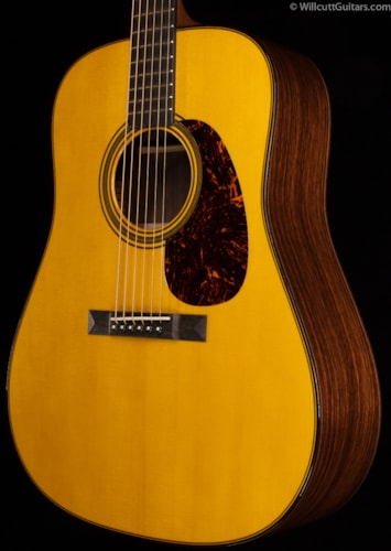 Martin Custom Shop Dreadnought Italian Alpine Spruce Hide Glue (612) Custom Shop Dreadnought