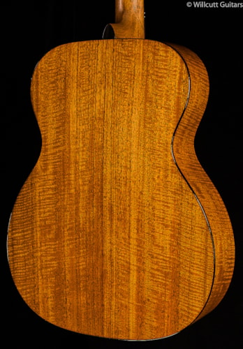 Martin Custom Shop 000-18 Fiddleback Mahogany (418) Custom Shop 000-18