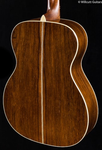 Martin Custom Shop 000-28 Herringbone Madagascar Rosewood Hide Glue (085) Custom Shop 000-28 Herringbone