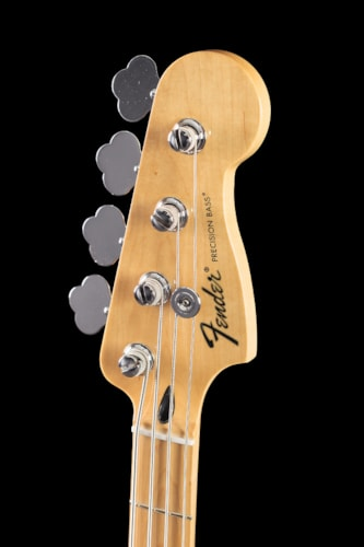 Fender® Standard Precision Bass® Black, Maple (016) Standard Precision Bass®