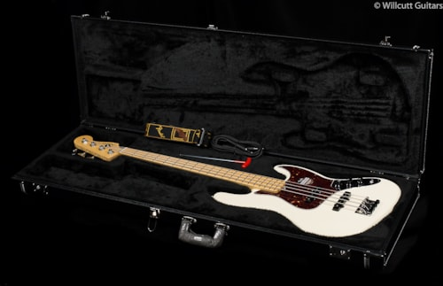 Fender® American Standard Jazz Bass® Olympic White, Maple (874) American Standard Jazz Bass®