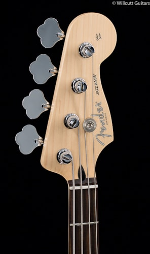 Fender® Deluxe Active Jazz Bass® Vintage White (695) Deluxe Active Jazz Bass®