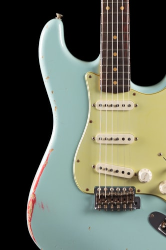 Fender® Custom Shop 1960 Stratocaster® Heavy Relic® Sonic Blue over Fiesta Red Custom Shop 1960 Stratocaster®
