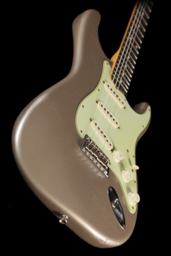 Fender® Custom Shop 1960 Stratocaster® Relic® Shorline Gold Matching Headstock Custom Shop 1960 Stratocaster®