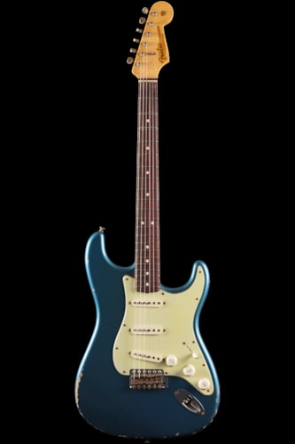 Fender® Custom Shop 1963 Stratocaster® Relic® Faded Lake Placid Blue (724) Custom Shop 1963 Stratocaster®