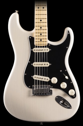 Fender® Custom Shop 2013 Stratocaster® Pro Closet Classic Maple White Blonde (958) Custom Shop 2013 Stratocaster®