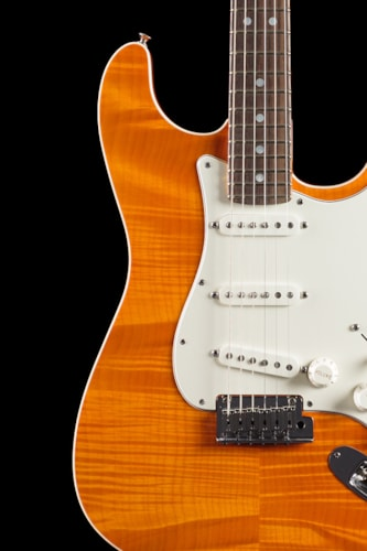 Fender® Custom Shop Custom Deluxe Slab Stratocaster® Sunset Orange Transparent (505) Custom Shop Custom Deluxe Slab Stratocaster®
