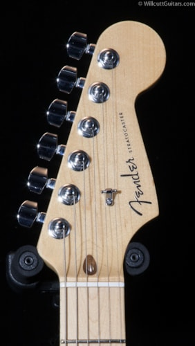 Fender® American Deluxe Stratocaster® 2-Tone Silver Blue, Maple (088) American Deluxe Stratocaster®