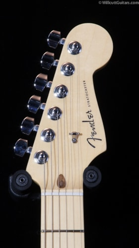 Fender® American Deluxe Stratocaster® 2-Tone Silver Blue, Maple (366) American Deluxe Stratocaster®
