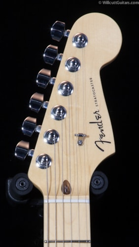 Fender® American Deluxe Stratocaster® 2-Tone Silver Blue, Maple (379) American Deluxe Stratocaster®