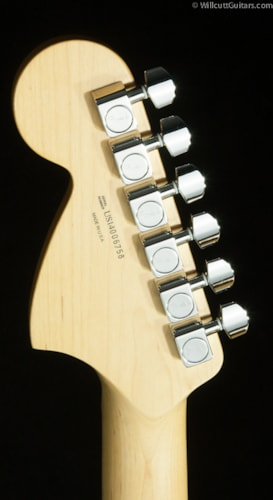 Fender® Limited Edition American Special Stratocaster® Black (758) American Special Stratocaster®