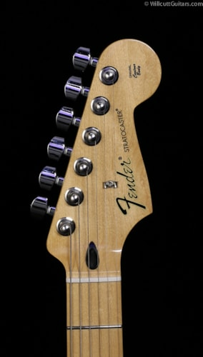 Fender® Special Edition Standard Stratocaster® David Lozeau Artwork Dragon (474) Special Edition Standard Stratocaster® David Lozeau Artwork Dragon