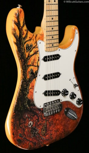 Fender® Special Edition Standard Stratocaster® David Lozeau Artwork Tree Of Life (134) Special Edition Standard Stratocaster® David Lozeau