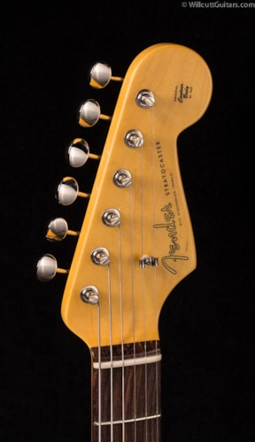 Fender® Vintage Hot Rod '60s Stratocaster® 3-Color Sunburst (053) DEMO Vintage Hot Rod '60s Stratocaster®