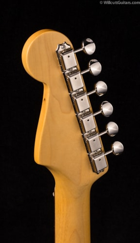 Fender® Vintage Hot Rod '60s Stratocaster® 3-Color Sunburst (174) DEMO Vintage Hot Rod '60s Stratocaster®