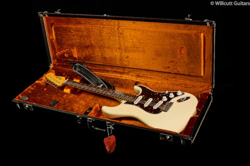 Fender® Vintage Hot Rod '60s Stratocaster® Olympic White (109) DEMO Vintage Hot Rod '60s Stratocaster®