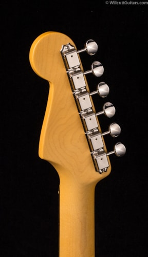 Fender® Vintage Hot Rod '60s Stratocaster® Olympic White (684) DEMO Vintage Hot Rod '60s Stratocaster®