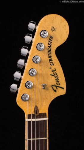 Fender® Select Stratocaster® HSS Tobacco Sunburst (036) DEMO Select Stratocaster®