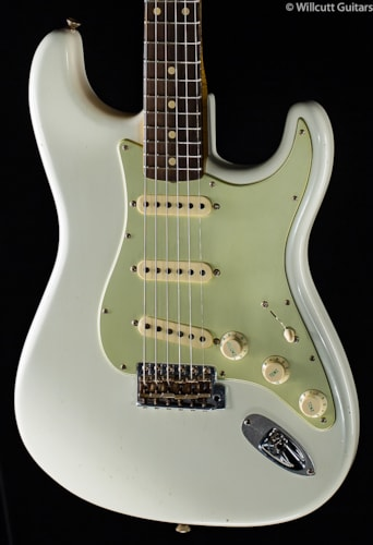 Fender® Custom Shop Willcutt True '62 Stratocaster® Olympic White (509) Custom Shop Willcutt True '62 Stratocaster®