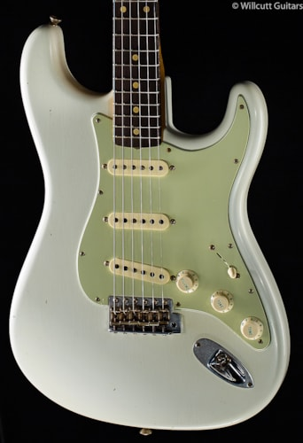 Fender® Custom Shop Willcutt True '62 Stratocaster® Olympic White (831) Custom Shop Willcutt True '62 Stratocaster®