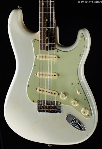Fender® Custom Shop Willcutt True '62 Stratocaster® Olympic White (197) Custom Shop Willcutt True '62 Stratocaster®