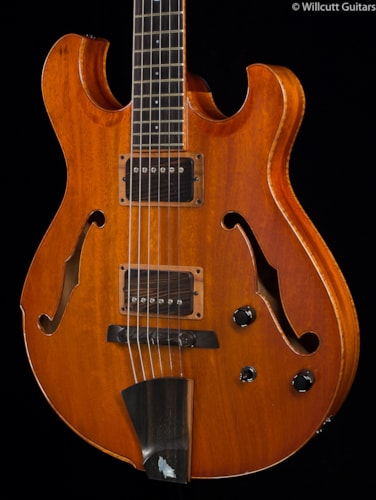 Artinger Hollow Standard Caramel Burst USED (142) Hollow Standard