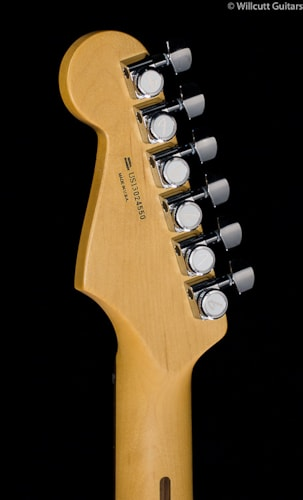Fender® American Deluxe Stratocaster® HSH Olympic Pearl (550) American Deluxe Stratocaster® HSH